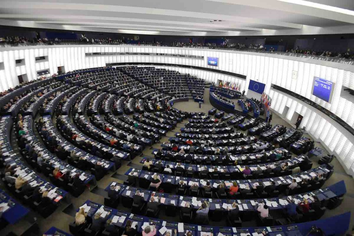 immagine articolo Copyright: approvata la direttiva sul diritto d'autore