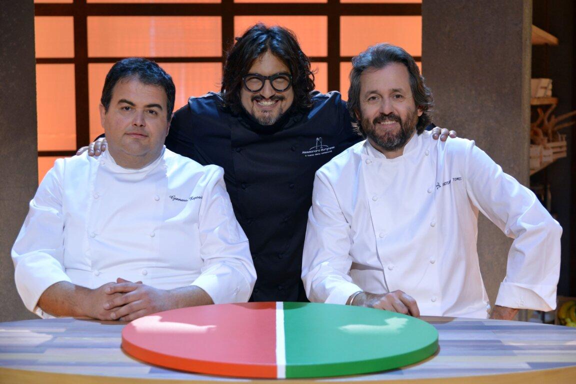 """immagine contenuto Nuovi episodi di """"Cuochi d'Italia – Il campionato delle regioni"""" su TV8"""