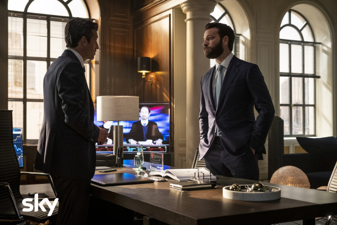 """immagine contenuto """"Diavoli"""": al via le riprese della seconda stagione del financial thriller di Sky Italia e Lux Vide"""